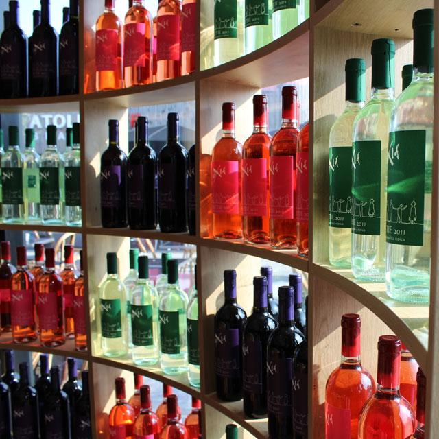 Agencement d'un espace de vente de vins