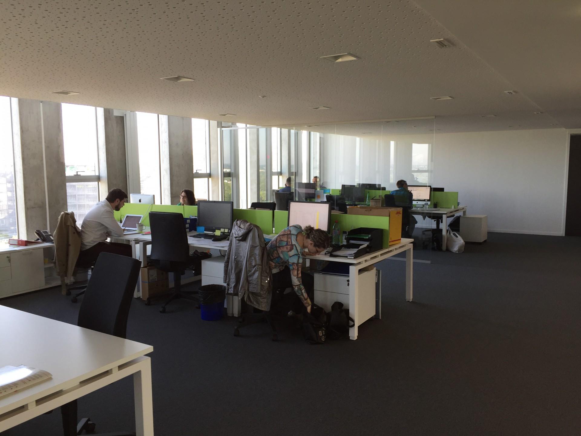 Mobilier de bureau agencement sur mesure creativ mobilier for Mobilier bureau particulier