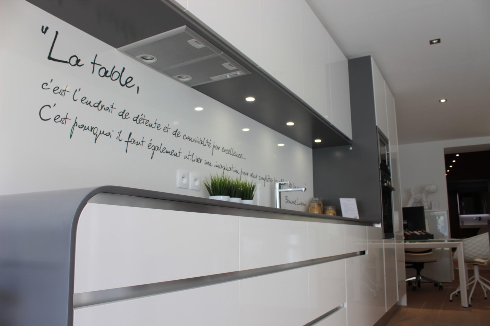 quelques conseils pour choisir son plan de travail de cuisine. Black Bedroom Furniture Sets. Home Design Ideas