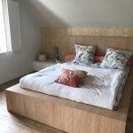 tête de lit sur-mesure dans une suite parentale